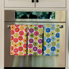 Gerber Daisy Kitchen Towel Set Of 9
