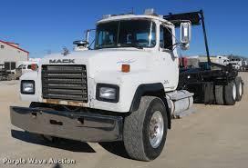 100 Hook Truck 1999 Mack RD688S Hook Truck Item DB8921 SOLD January 30
