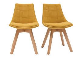 skandinavische stühle aus senfgelbem stoff und holz 2er set matilde
