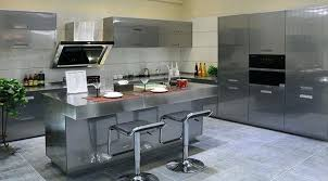 cuisiniste moselle cuisine design italienne avec ilot style morne newsindo co