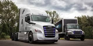 100 Semi Truck Pictures Daimler Unveils Electric ECascadia Semi Truck To Compete With Tesla