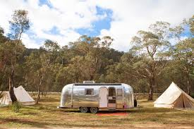 100 Antique Airstream Here Are 8 Vintage Caravans You Can Book In Australia