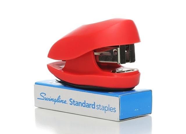 Swingline Tot Stapler - Blue