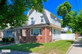 100 Ozone House 9731 134th Avenue Park Queens NY Home For Sale NYTimescom