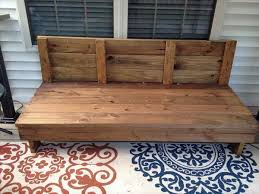 DIY Rustic Patio Couch 101 Pallets