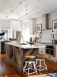 Elegant Kitchen Photo In Toronto With A Double Bowl Sink Shaker Cabinets White