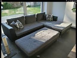 wohnzimmer sofa beistellhocker