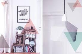 wohnzimmer inspiration weinkisten regal mit deko ideen in