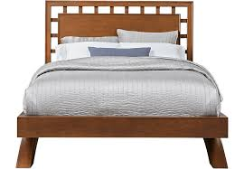 Belcourt Cherry 3 Pc Queen Platform Bed with Lattice Headboard