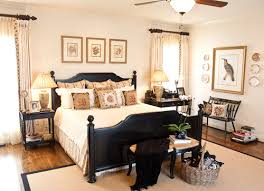 Early American Decorating Ideas Web Art Gallery Image Of Traditional Bedroom Jpg