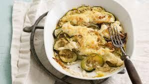 cuisine de courgettes gratin de courgettes facile et pas cher recette sur cuisine