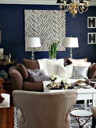 Brown Couch Living Room Decorating Ideas by Dark Walls Leather Brown Couch They Are Showing Pics On How To