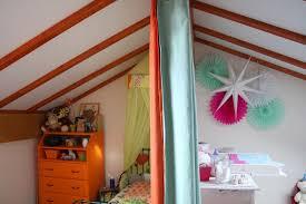 chambre bébé mansardée une chambre pour deux