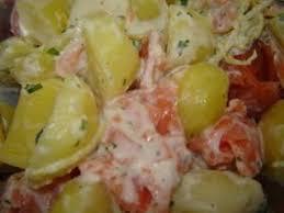 cuisiner des pommes de terre nouvelles salade de truite fumée pommes de terre nouvelles et raifort