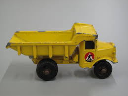 Toy Dump Truck, Matchbox 'Euclid' Quarry Truck, No.6b, 1-75 Series ... Euclid Dump Truck Youtube R20 96fd Terex Pinterest Earth Moving Euclid Trucks Offroad And Dump Old Toy Car Truck 3 Stock Photo Image Of Metal Fileramlrksdtransportationmuseumeuclid1ajpg Ming Truck Eh5000 Coal Ptkpc Tractor Cstruction Plant Wiki Fandom Powered By Wikia Matchbox Quarry No6b 175 Series Quarry Haul Photos Images Alamy R 40 Dump Usa Prise Retro Machines Flickr Early At The Mfg Co From 1980 215 Fd Sa