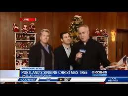 KOIN 6 Live At Portlands Singing Christmas Tree