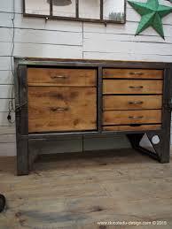 bureau metal bois grand etabli industriel bureau metal et bois steel furniture
