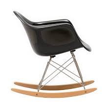 chaise a bascule eames fauteuil à bascule rar charles eames meuble design par steelform