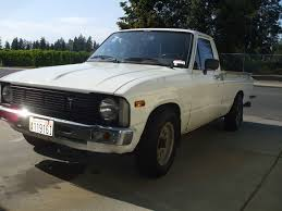 1980 Toyota Pickup - Information And Photos - MOMENTcar