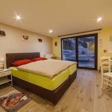 chambre 4 personnes chambre pmr de 1 à 4 personnes alpina aquarelax hotel