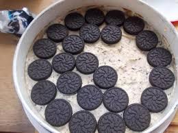 brownie kuchen mit oreo und cookie boden