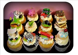 Designer Golf Office Cupcakes