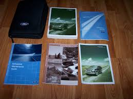 Amazon.com: 2006 Ford Explorer Owners Manual: Ford Motor Company: Books