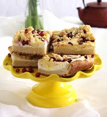 zuckerfreier apfel granatapfel streuselkuchen honeyfarm