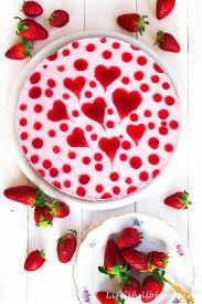 herziger erdbeer joghurt kuchen is of goodies