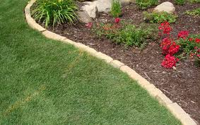 Lawn Edging Ideas To Keep Grass Out — BITDIGEST Design Simple