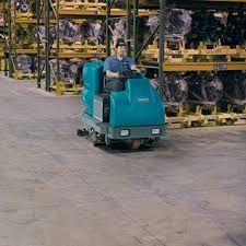 tennant t15 hire ride on battery scrubber dryer cleaning
