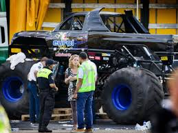 100 Monster Truck Oakland Truck Slams Into Crowd In The Netherlands CBS News