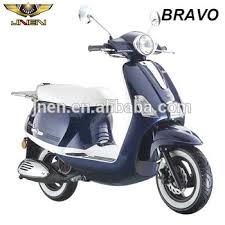 BRAVO 150CC JNEN Motor Patent Design 2016 Top Selling Retro Model Gas Scooter With EFI System