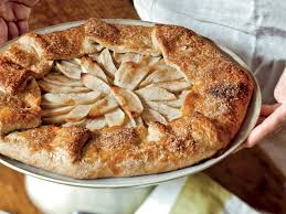 201011 R Free Form Apple Tart