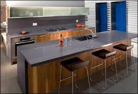 cuisine plan de travail gris plan de travail cuisine gris maison design bahbe com