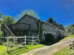 100 Farm House Tack 345 Drexel Drive Pine Bush NY Potter Realty