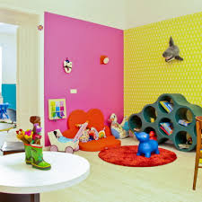 vollbuntes wohnzimmer