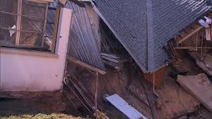 Sinkholes Alachua County Fl by Photos Sinkhole In Florida Swallows Up House Threatens Others