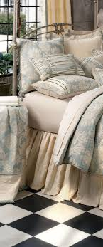 Best 25 Luxury bedding collections ideas on Pinterest