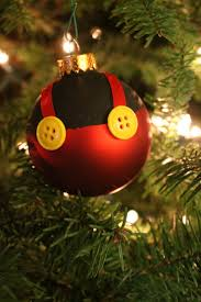 Rice Krispie Christmas Tree Ornaments by Best 25 Mickey Mouse Christmas Ideas On Pinterest Mickey Mouse