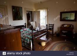 antikes schlafzimmer 1800 stockfotografie alamy