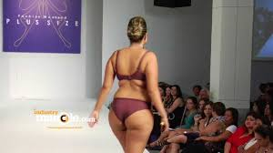 plus size models in lingerie whats the problem youtube