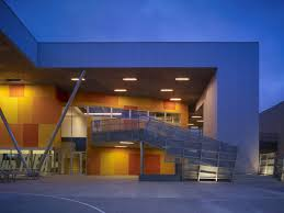 100 Griffin Enright Architects Los Angeles California Stati Uniti ST THOMAS THE APOSTLE SCHOOL