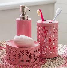 pink bath decor by color