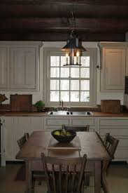 Small Primitive Kitchen Ideas by Best 25 Colonial Kitchen Ideas On Pinterest Pantry Kitchen