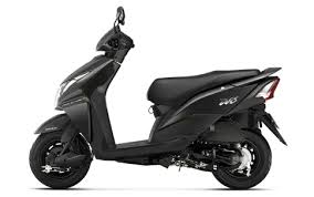 Honda Dio From The Two Wheelers Company Is Vrey Famous Among Youngsters And Teenagers Launched Recently New Model With 110cc Motor