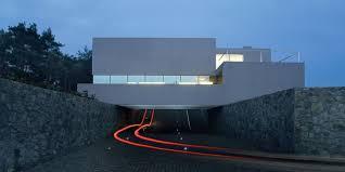 100 Isv Architects