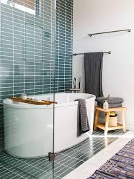 badezimmer einrichten waschbecken badewanne