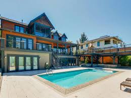 100 Crescent House All S Listings In BeachOcean Park South Surrey BC