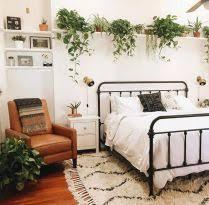 Minimalist Bedroom Plants 2